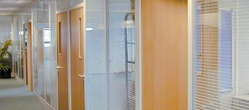 Stormor Systems glass partitioning system in an office environment